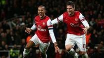 Arsenal đi chợ đông săn tiền đạo?