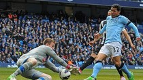 Man City 4 - 0 Newcastle: Chích chòe tan nát