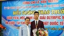 Thầy giáo mát tay luyện học sinh giỏi Toán ở Trường chuyên Trần Phú