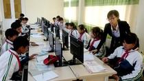 Cô giáo Thúy say mê truyền lửa công nghệ thông tin tới học trò