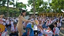 Thành phố Móng Cái tuyên truyền luật giao thông đường bộ tới gần 8.000 học sinh