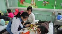 PH, HS tiểu học Nam Thành Công ủng hộ lớp học Hy vọng và các bệnh nhi