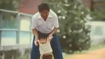 Clip cảm động về tình cha con khiến hàng nghìn người sống chậm lại