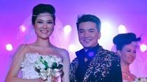 """Mr Đàm + Hoa hậu Nguyễn Thị Huyền """"phiêu"""" trong nhạc Trịnh"""