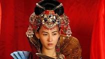 """Cận cảnh nữ tướng xinh đẹp Trương Bá Chi """"tại"""" Việt Nam"""