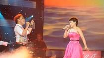 Uyên Linh, Thái Trinh, Văn Mai Hương... hát 'live' ấn tượng