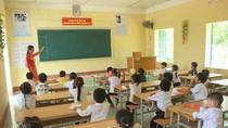 Thưa Giáo sư Nguyễn Minh Thuyết, học sinh đang quá tải vì lịch học kín cả tuần