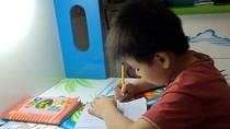 Làm nhiều bài tập không có ích cho giáo dục Việt Nam nhưng lại có ích cho thi cử