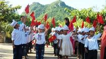 Học sinh Quảng Bình tựu trường vào ngày 10/8