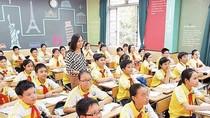 Những chuyện không thể tưởng tượng bên trong lớp học có gần 70 học trò