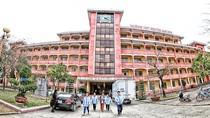 Trường chuyên Lam Sơn Thanh Hóa, chuyện phía sau cổng trường