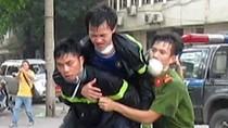 Nhiều cảnh sát PCCC nhập viện trong vụ cháy cây xăng gần viện 108