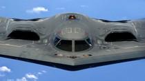 VIDEO: B-2 Spirit tiếp dầu trên không, lộ thiết bị tinh xảo