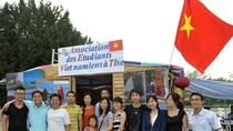 Hội sinh viên Việt Nam tại Hội báo Nhân đạo (Fête de l'Human), Pháp.