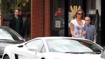 Nani mua siêu xe Lamborghini Gallardo tặng vợ chưa cưới