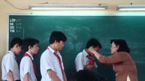 Quảng Ninh: Cô giáo dùng thước vụt học sinh ngất xỉu sắp bị kỷ luật