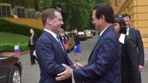 Đến Việt Nam, Thủ tướng Medvedev nói gì về tranh chấp Biển Đông?