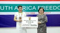 Bà Đỗ Thị Kim Liên tặng Quân chủng Hải quân 5 căn nhà tình nghĩa