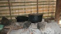 """Ngày """"ông Công, ông Táo"""" kể chuyện nghi thức dựng bếp của người Kháng"""