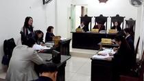 """Nhiều sự việc """"lạ"""" xung quanh vụ ông Hoàng Xuân Quế kiện Bộ trưởng Bộ Giáo dục"""