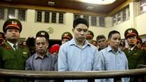 Xử phúc thẩm Luyện: Người nhà bị hại bỏ về khi Tòa đang tuyên án