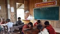 Nơi người thầy phải học tiếng của đồng bào dân tộc Ma-Coong
