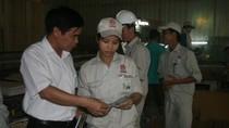 Gia hạn hợp đồng lao động đối với cán bộ công đoàn không chuyên trách