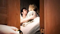 """Sự thật vụ phó Bí thư xã """"nấp"""" dưới gầm giường vợ người khác"""