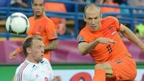 Thơ bình luận EURO: Hà Lan - Đan Mạch