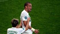"""""""Thi sĩ"""" mê bóng đá làm thơ bình chiến thắng của Bồ Đào Nha"""