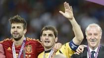 Tây Ban Nha và Del Bosque đều đi vào lịch sử