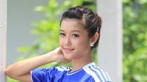 Huyền My: Hot girl Việt hết mình cổ vũ Chelsea đánh bại M.U