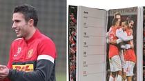 Arsenal 'quên' đã bán Van Persie cho M.U?