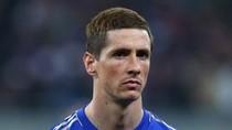 Rio Ferdinand đá nguội Fernando Torres
