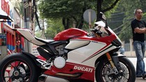 Ducati Panigale 1199S Tricolore đã về Việt Nam