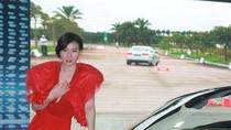 Người đẹp Thư Huyền kiêu sa đọ dáng cùng siêu xe Audi R8