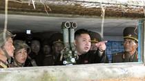 Ông Kim Jong-un tán dương đơn vị quân đội đã tấn công tàu Hàn Quốc