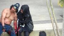 Ảnh: Hiện trường vụ mang kiếm đột nhập dinh Thủ tướng tại Malaysia