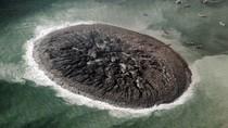 NASA công bố hình ảnh đảo mới nổi sau động đất tại Pakistan