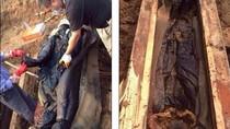 Trung Quốc: Xác ướp đột ngột chuyển màu đen sau vài giờ khai quật