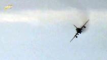 Video: Khủng bố IS bắn rơi máy bay quân đội Syria