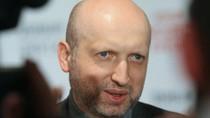 Turchinov: Ukraine có thể sẽ chế tạo bom bẩn