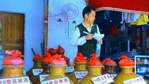 Rượu nổi tiếng nhất Trung Quốc dính hóa chất