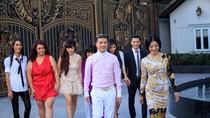 Mr Đàm gây chú ý khi mượn nhà Hà Tăng để thí sinh X Factor thi đấu