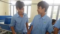 Tại sao em Nguyễn Văn Sanh bỏ đại học để vào trường nghề?