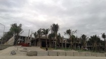 Công ty Sóng Việt xây hàng chục biệt thự không phép, lấn bãi biển công cộng