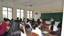 Phụ huynh phản ánh giáo viên ép học thêm, phòng giáo dục kiểm tra nói không có
