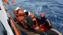 Cứu thuyền viên bị nhồi máu cơ tim trên vùng biển có gió lốc