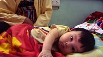 Xót lòng những đứa trẻ mới chào đời đã gồng mình chống bệnh