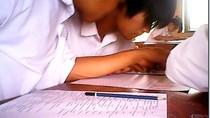 Clip gian lận mới nhất môn tiếng Anh, phòng thi số 8 ở Bắc Giang